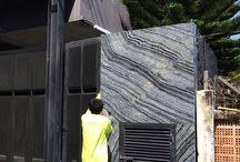 หินอ่อน Black forest ติดตั้งผนังหน้าบ้าน