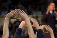 Illuminati Signs / Celebrities and politicians making Illuminati hand symbols