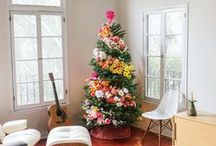 Holiday Decorating Ideas / Christmas and Holiday Decorating Ideas for indoors and outdoors