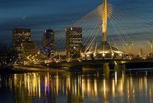 Urban Light / Featuring amazing city lighting scenery