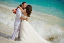 Hawaii Beach Weddings / trash the dress photos, trash the dress in Hawaii, wedding photos, Hawaii wedding photos, fun wedding photos, wedding in Hawaii, trash the dress at the beach, honeymoon photos, couples poses http://www.hawaiianpix.com/ http://www.weddingphotographeroahu.com/