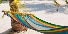 Addicted to the beach / Bords de plage, ambiance estivale, look d'été, inspiration plage, mode accessoires, sacs et bijoux été, vacances et farniente, le soleil et la mer...