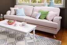 Welt der Micasa Sofas / Entdecken Sie die vielfältige Welt der Micasa Sofas. Mit unseren Sofaprogrammen wie KEEL, KESSLER und KÖNIG stellen Sie Ihre Sofa-Landschaft individuell zusammen. Die Kombinationsmöglichkeiten von Materialien, Farben und Elementen sind schier unendlich.