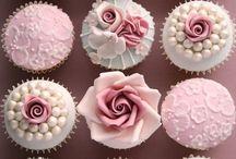 Cakes/cupcakes!