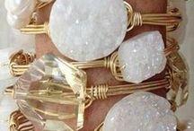 Gioielli pietre dure / Scopri l'energia delle pietre naturali: trovi qui tutti le pietre offerte da Dooitu e tante inspirazione per creare tuoi oggetti DIY.