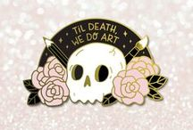 PIN'S & PATCHES / Pin's - Patches