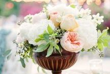 Wedding flowers & bouquets / Wedding flowers and bouquets that we love, from around the world...