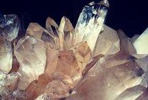 Mineral - Minéraux - Crystal / minéral - cristal - stones - semi precious - quartz - Crystal - minéraux