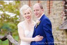 Bartholomew Barn Wedding Photography / Weddings at Bartholomew Barn, photographed by Sussex wedding photographer Dennison Studios Photography