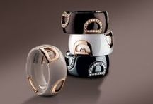 Damiani D.Icon / New materials meet the Italian jewelry tradition of Valenza, ceramic enters in a sober and elegant way in the Damiani world. The D.Icon jewelry collection represents the last evolution of a long goldsmith tradition introducing white and black ceramic in traditional jewelry manufacturing and mixing it with gold and diamonds, to create a new iconic trend.