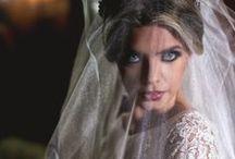 Noivas / Fotografar noivas é uma verdadeira alegria, nessa pasta iremos colocar fotos das noivas que fotografamos para que você possa ver referencia de vestido, maquiagem, buque e tudo mais! :D