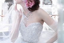 weddings / wedding dresses, hair pieces, flowers, accessories