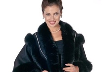 Fur Trimmed Capes  / Furs trimmed cashmere capes for women of all sizes