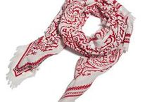 Scarf Brigade / Scarves for the best travel style  #travel #scarves #travelstyle #packing #souvenir #souvenirclothing