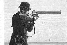 Étienne Jules Marey - Eadweard Muybridge / Étienne Jules Marey (Beaune, 5 marzo 1830 - Parigi, 15 maggio 1904) è stato un fisiologo e inventore francese, studioso dei movimenti, ideò strumenti e tecniche per la loro registrazione per cui è considerato anche un precursore della cinematografia. Eadweard Muybridge (Kingston upon Thames, 9 aprile 1830 – Kingston upon Thames, 8 maggio 1904) è stato un fotografo inglese. Fu un pioniere della fotografia del movimento