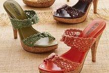 DIY SHOES... / Como decorar tus zapatos... / by IRIS RAMIREZ