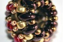 bogyók / gyöngyből készült bogyók
