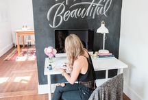 Dream // Home Office / Fabulous and pretty home offices for all the girl bosses!