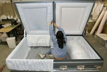 Caskets & Coffins / Coffins & Caskets from the past to the present