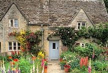 Exteriors / Visual inspiration for house exteriors, plants and decor