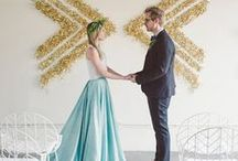 feature wall ideas / all the creative ways to create some sort of feature wall at your wedding or event. wheater it is a large seating chart, ceremony altar, photo booth or just decoration, we love all these ideas! #blancdenver #weddinginspiration #weddings #altar