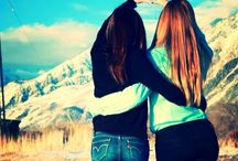 Best Friends Pictures ❤️ / by Michaela Kelley