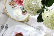 DIY Table Settings by Natasha K Design / I absolutely love hosting parties! Whether it is a Sunday brunch with the girls or a summer BBQ by the pool, I enjoy cooking up a storm, getting crafty by creating festive table settings! Here are pictures of my table setting designs over the last few years :-)