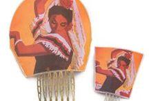 Peinas y peinecillos de flamenca / Selección de peinas y peinecillos de flamenca de exclusivos diseñadores. Complementos de flamenca perfectos para combinar con tu traje.