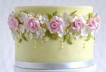 Dekorierte Kuchen/Torten..