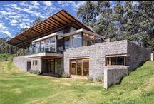 Fashionable House and Interior of Nature Stone & Concrete / Wood / House of Nature stone