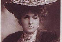 Queen Victoria Ena / Queen Victoria Ena of Spain, nee Princess of Battenberg