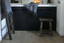 ★ De Wemelaer | B a t h / Bathroom ideas | Badkamer landelijke stijl | Badezimmer | Salle de bains | Rustic