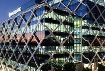 Macquarie Group – One Shelly Street / This iconic building in the King Street Wharf precinct of Sydney boasts a range of environmentally sustainable design initiatives of which energy efficient lighting plays a key role.