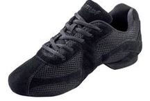 Dance Trainers / Dance trainers from Dancewear Central. Great for all kinds of dance classes & workouts. Our range includes the best of both split sole and full sole Dance Sneakers, from top brands comprising of Bloch, Capezio, Pineapple, Roch Valley and Sansha. All use lightweight material and design the sneaker's structure in order to create maximum flexibility and freedom of movement.