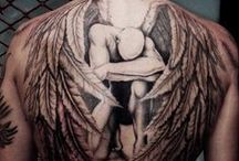 Someone once said that god won't be able to see you without these / body-art showcasing galore