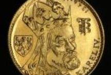 Mince / http://www.ehobby.sk/mince Mince sú tradičným kovovým platidlom už po stáročia. Aj zbieranie mincí má  dlhoročné historické základy. Pre zanieteného zberateľa sú mince viac než len kúskom opracovaného kovu či platidlom, každá z nich má svoj osobitý príbeh. Historické mince vypovedajú o osobnostiach, udalostiach, dielach či pamiatkach. Nesú so sebou kus národnej histórie, umenia a kultúry.