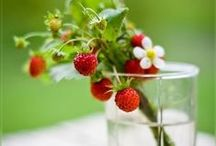 Strawberry / Strawberries, strawberry motifs
