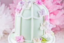 Pretty Cakes & Mini Cakes