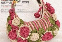 Bolsas en Crochet / by Any Chávez de Melgar