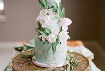 Cake Inspiration / by Rhiannon Nicole Bosse