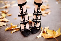 I Love Shoes / by Happy Tiah
