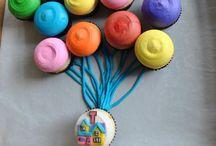 Adorable cupcake ideas  / by Kara DePrano