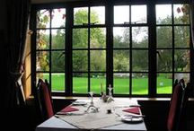 Lakeview Restaurant / Lakeview Manor has a superb restaurant offering a delightful range of good cuisine.