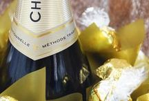 Congratulations / Celebrate good times with everyone's favourite treats – chocolate, cake and bubbly! Nothing gets the party started quite like the pop of a cork, a flow of sparkling wine and stuffing your face with the sweet stuff. So when it comes to sending congratulations gifts to friends and family afar, why would you look past everyone's party favourites? Our chocolate bouquets and hampers are suitable for occasions such as:  Engagement parties Wedding gifts High school graduation Home settlement