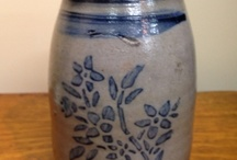Antique Stoneware, Crocks / Stoneware from Antique Center of Strabane. We offer a huge selection for your Primitive Country Decor