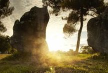 Les mégalithes de Plouharnel - The megaliths from Plouharnel / Découvrez les sites mégalithiques de Plouharnel et notamment le dolmen et le quadrilatère de Crucuno - Discover the megalithic sites of Plouharnel in particular the dolmen and the quadrangle of Crucuno