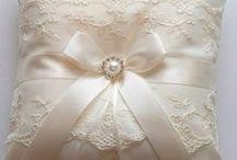 wedding ring pillow & basket