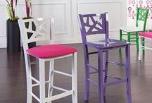 Interior Design - Arredare con gli sgabelli / Lo sgabello è una soluzione ottimale per creare convivialità attorno ai piani di lavoro.