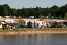 Kamperen in Overijssel / Kamperen in Overijssel op een camping met kampeerplaatsen direct aan de recreatieplas
