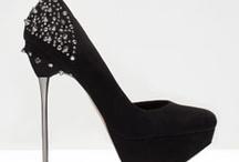 Zapatos / by Azahara Bernal Sánchez